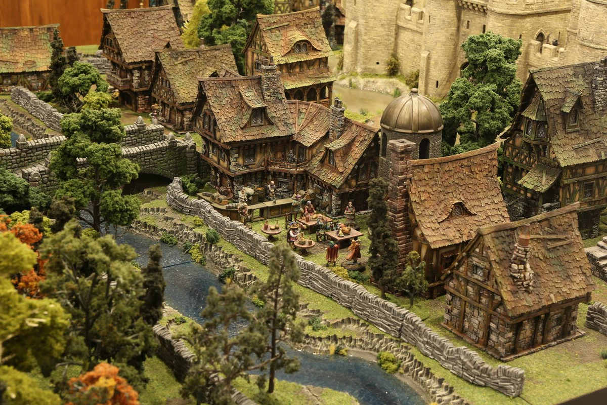 amazing-tabletop-terrain-fantasy-dungeonsanddragons-gaming-table-09